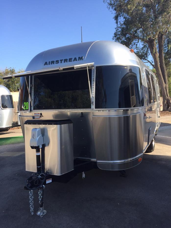 2017 Airstream Flying Cloud 20