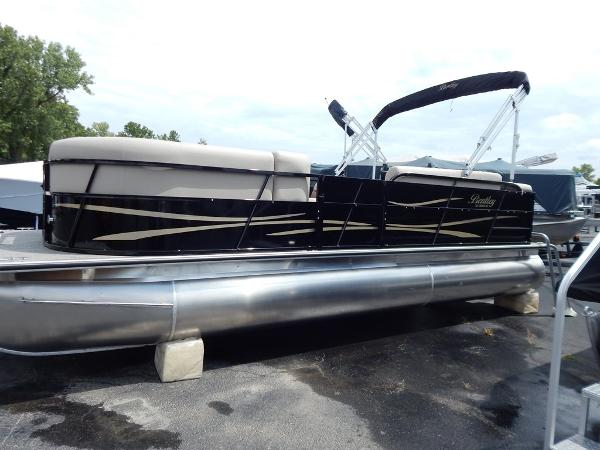 2017 Bentley Pontoons 220 Cruise SE