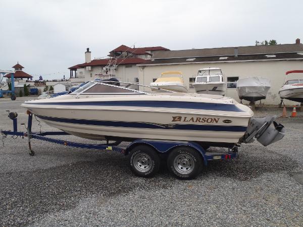 2002 Larson 210 LXI