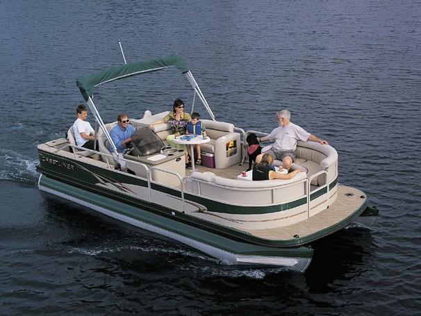 2003 Crestliner Angler 2285