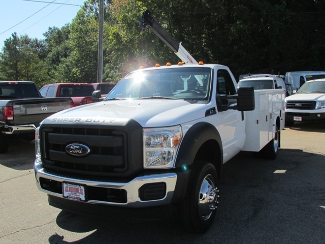 2013 Ford F-450 Chassis  Cab Chassis