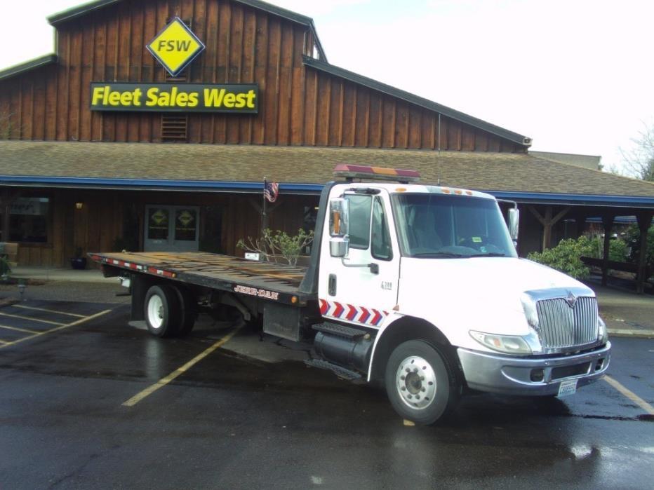 2002 International 4300 Rollback Tow Truck