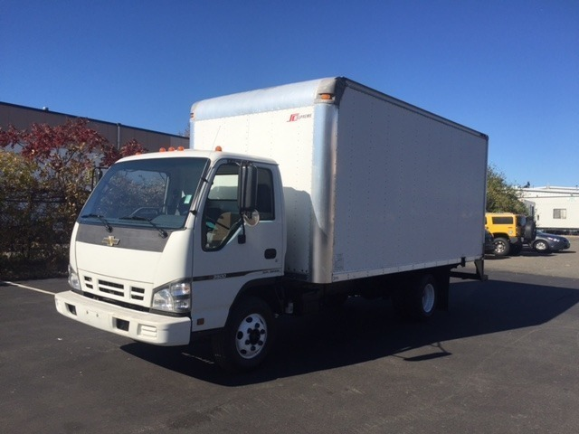 2006 Chevrolet W4500 Cabover Truck - COE