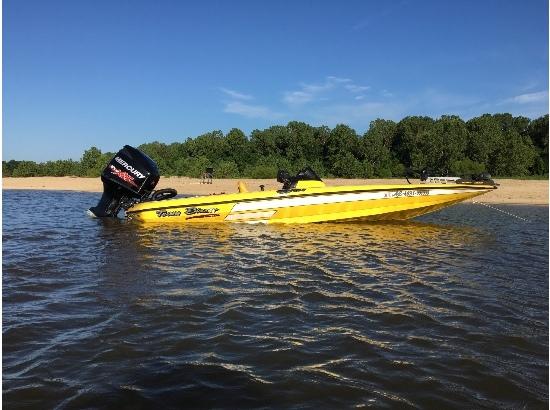 2014 Blazer Boats 202 pro v