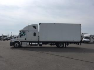 2013 Freightliner Cascadia Box Truck - Straight Truck