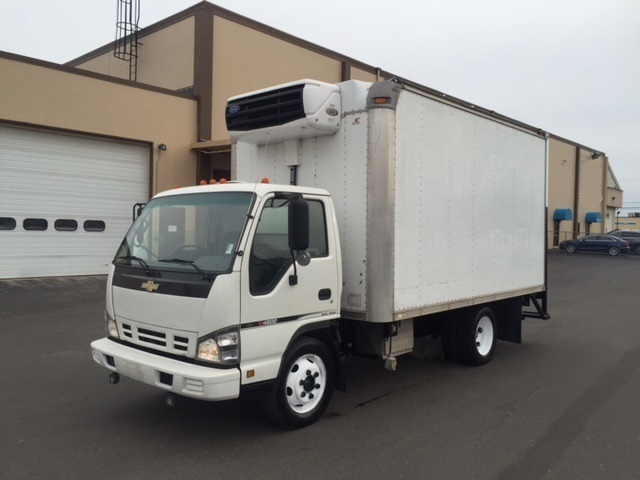 2006 Chevrolet W4500 Refrigerated Truck