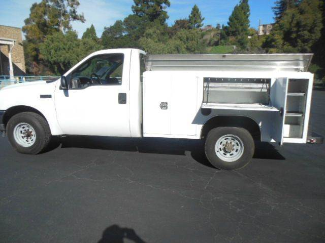 2004 Ford F250 Sd  Utility Truck - Service Truck