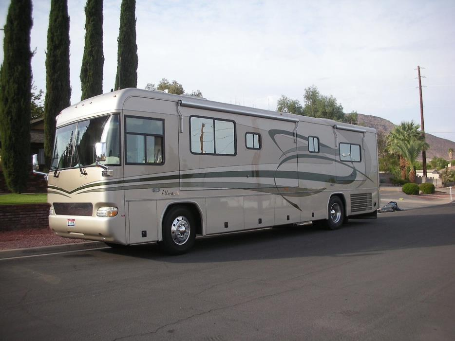 2003 Country Coach 36