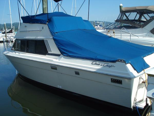 1986 Chris-Craft 292 Catalina