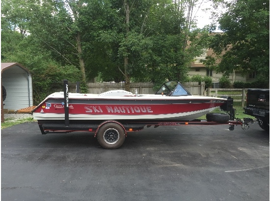 1990 Correct Craft Ski Nautique