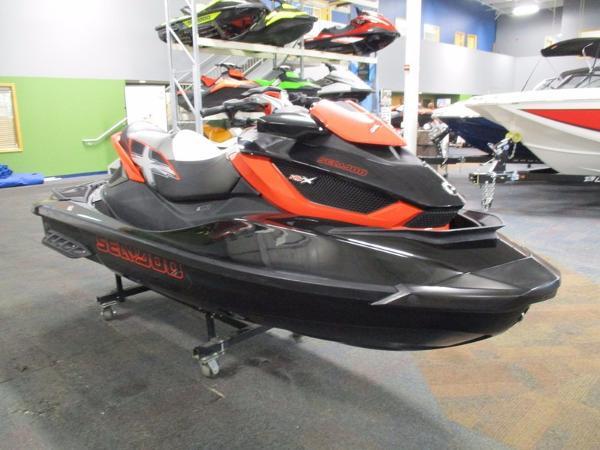 2011 Sea-Doo RXT -X aS 260