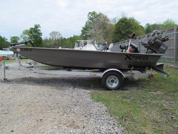 2015 Xpress Boats HD Drop Deck Jon Boat Series