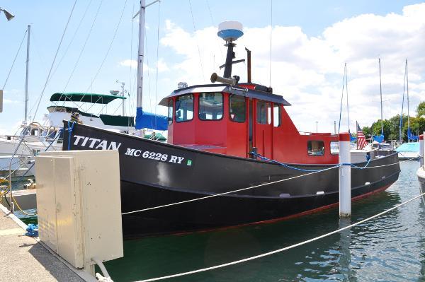 1987 Matthews Marine 34 Tug