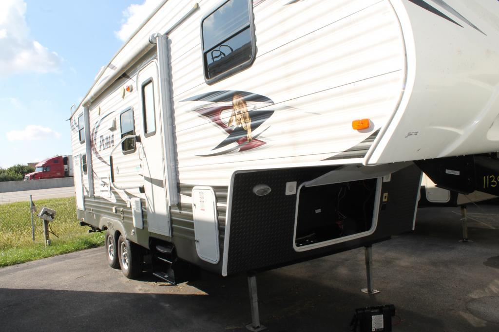 palomino puma 259 rbss rvs for sale in indianapolis indiana. Black Bedroom Furniture Sets. Home Design Ideas