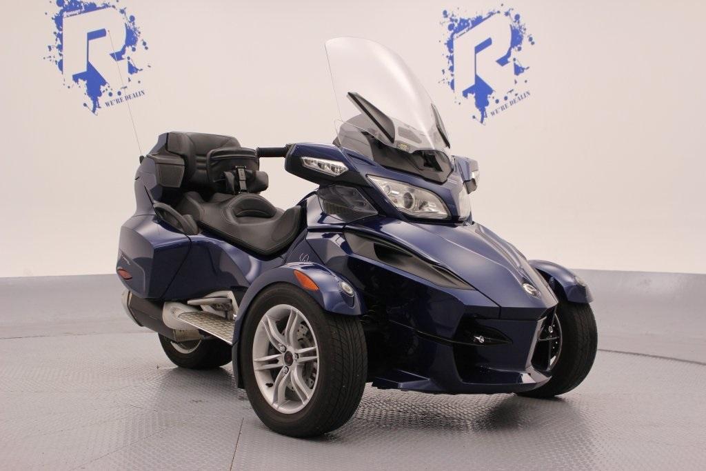 2013 Can-Am Spyder ST Limited SE5