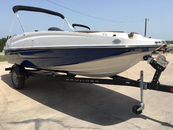 2016 Bayliner 195 Deck Boat
