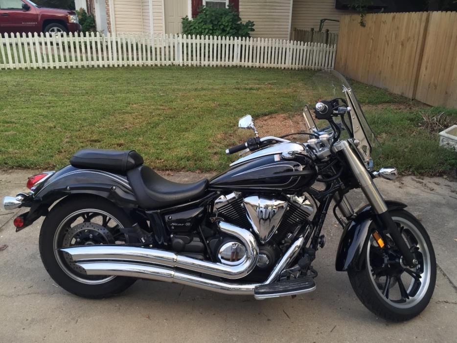 2010 yamaha v star 1300 tourer with 450 Yamaha 2010 on 2010 Yamaha V Star 950 Tourer Cruiser 92791 furthermore 2007 Yamaha V Star 650 Custom Custom 94919 additionally Vin Number For The 2014 Bmw R1200rt also 2013 Star V Star 1300 Deluxe Review 91536 besides Watch.