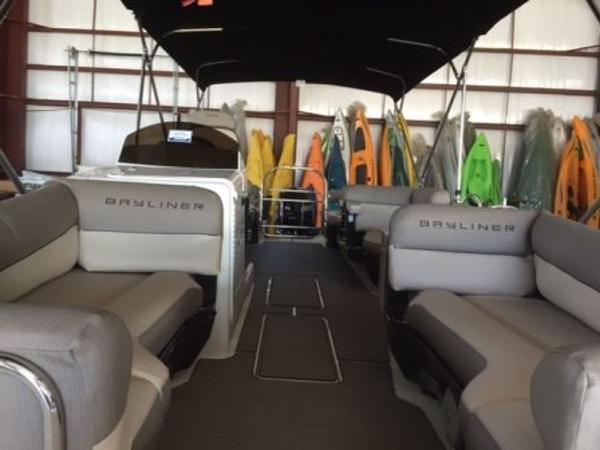 2015 Bayliner Element XR7