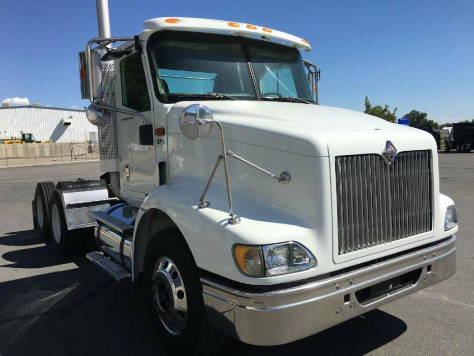 2007 International 9200 Conventional - Day Cab