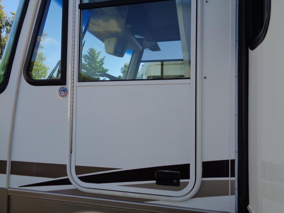 2004 Newmar Scottsdale 35 Ft
