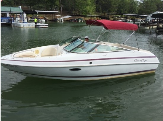 2000 Chris-Craft 210
