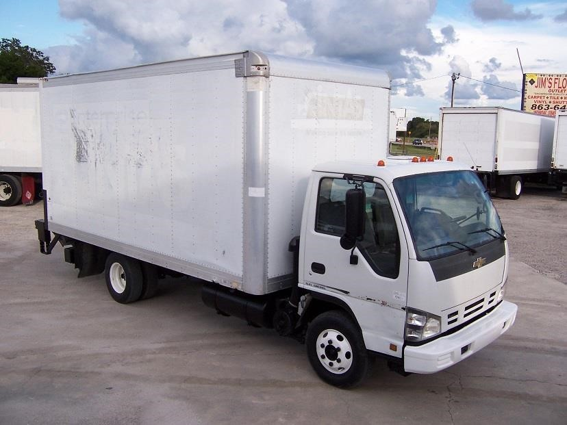 2007 Chevrolet W4500  Box Truck - Straight Truck