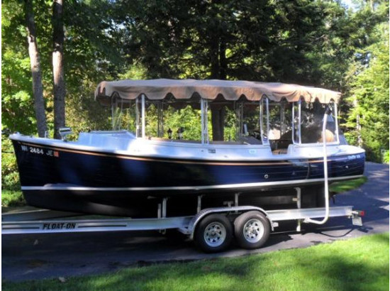 2015 Duffy Electric Boat Co 22 Cuddy