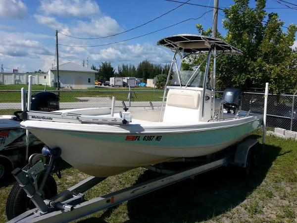 2006 Scout 24 Bay Scout