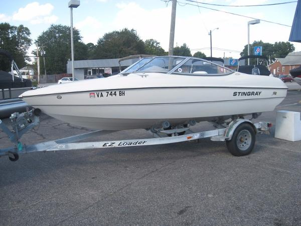 2006 Stingray 180RX