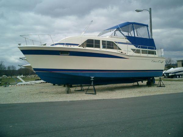 1980 Chris-Craft 350 Catalina