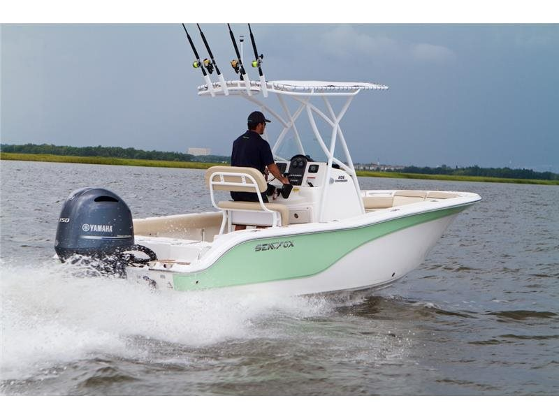 2016 Sea Fox 206 Commander