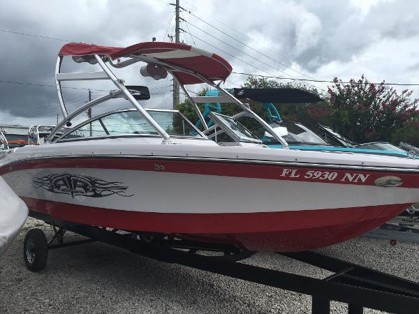 2007 Nautique Super Air 230
