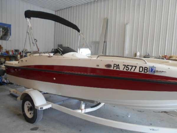 2008 Bayliner 197 Deck Boat