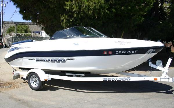 2004 Sea-Doo Sport Boats Utopia 205