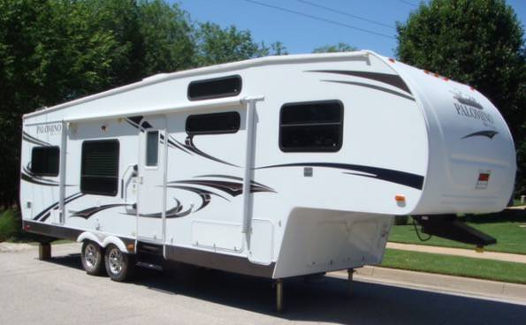 Palomino Thoroughbred 829rk RVs for sale