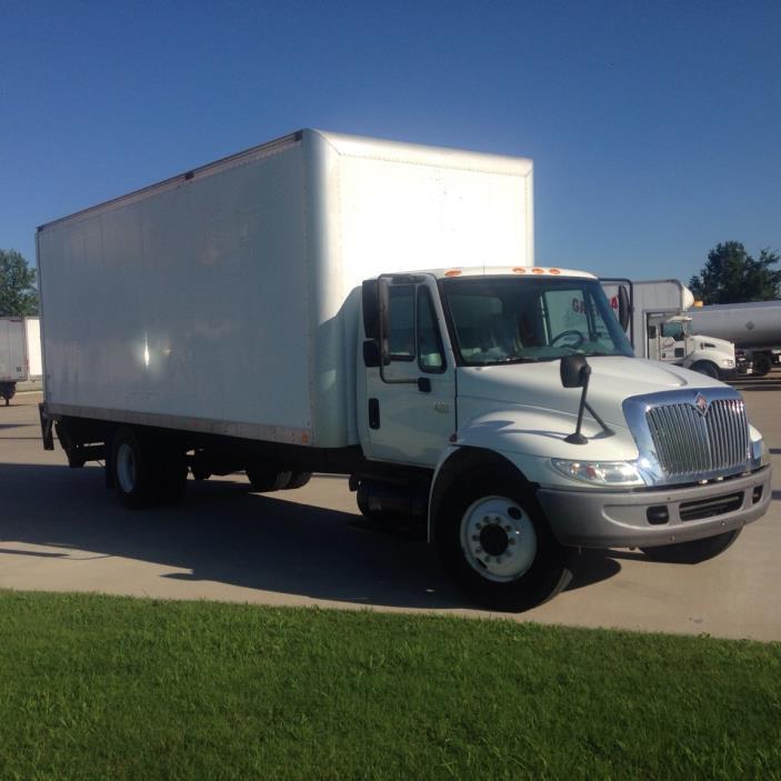 2006 Navistar 4300  Box Truck - Straight Truck