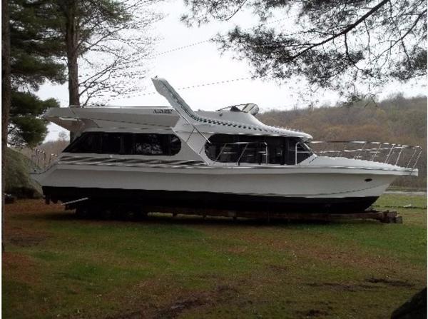 1993 Bluewater Yacht Coastal Cruiser 46