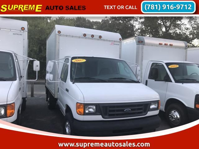 2007 Ford E-350 Super  Pickup Truck