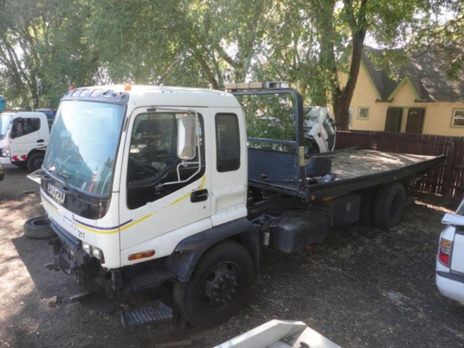 2004 Isuzu Ftr  Wrecker Tow Truck