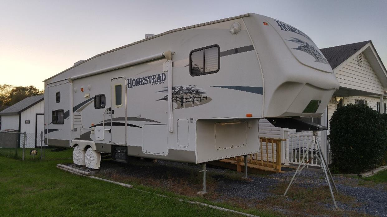 2010 Starcraft HOMESTEAD 308RBSA