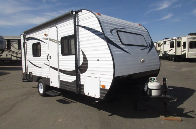 2015 Pacific Coachworks Mighty Lite 16RB Dry Weight 2290LB