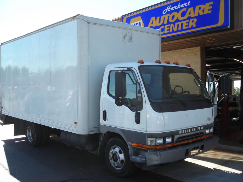 2003 Mitsubishi Fuso Fe640 Box Truck - Straight Truck