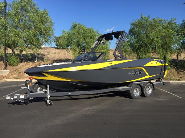 2016 Axis T23