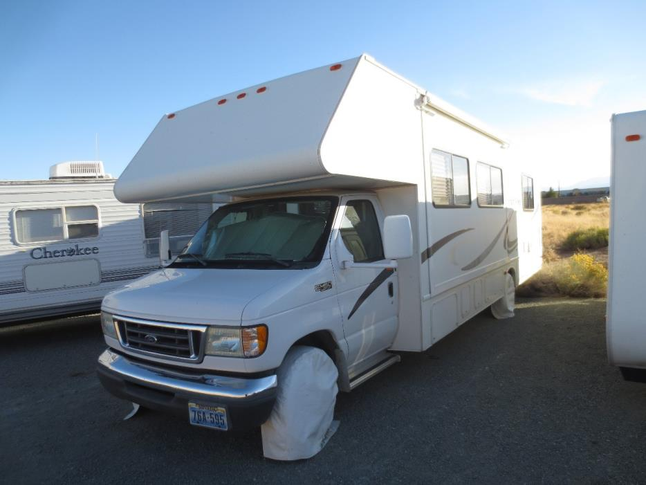 2003 Thor Motor Coach FOUR WINDS FUN MOVER 31C