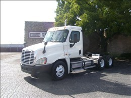 2010 Freightliner Cascadia Cab Chassis