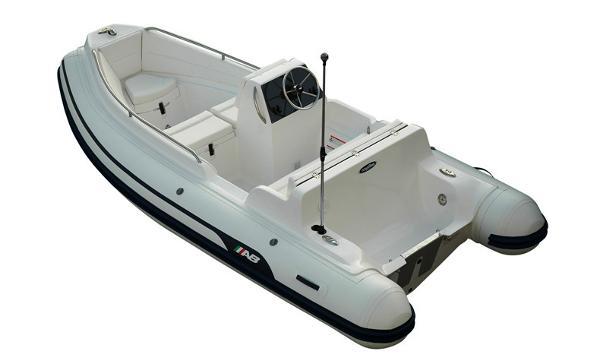 2016 AB Inflatables Nautilus 15 DLX