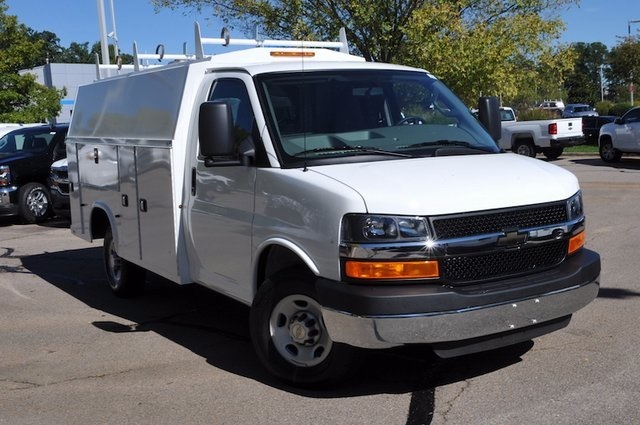 2015 Chevrolet Express Van G3500  Cutaway-Cube Van
