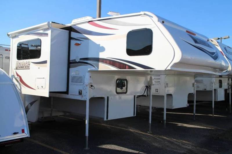 2016 Lance Truck Campers 855S