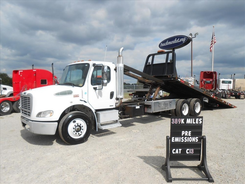 2006 Freightliner M2 Rollback  Rollback Tow Truck