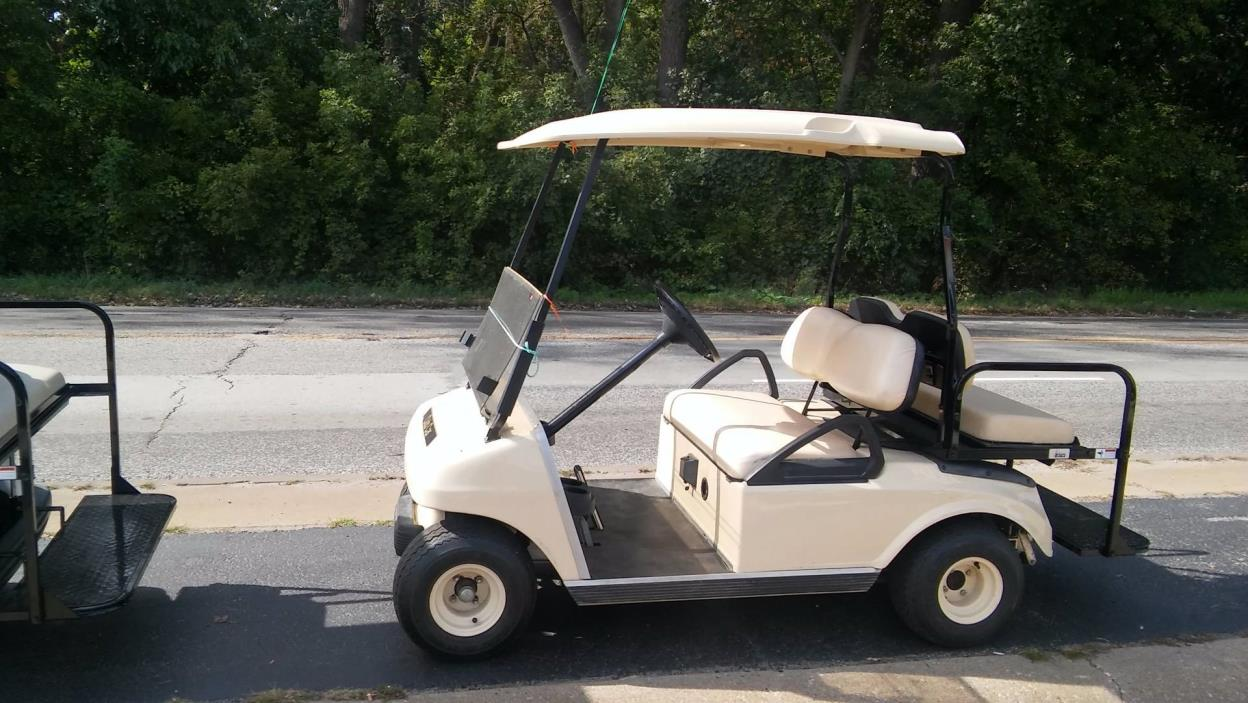2004 Club Car DS Electric Golf Car